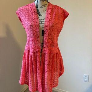 3/$10 Women's Lacey vest size 11/13